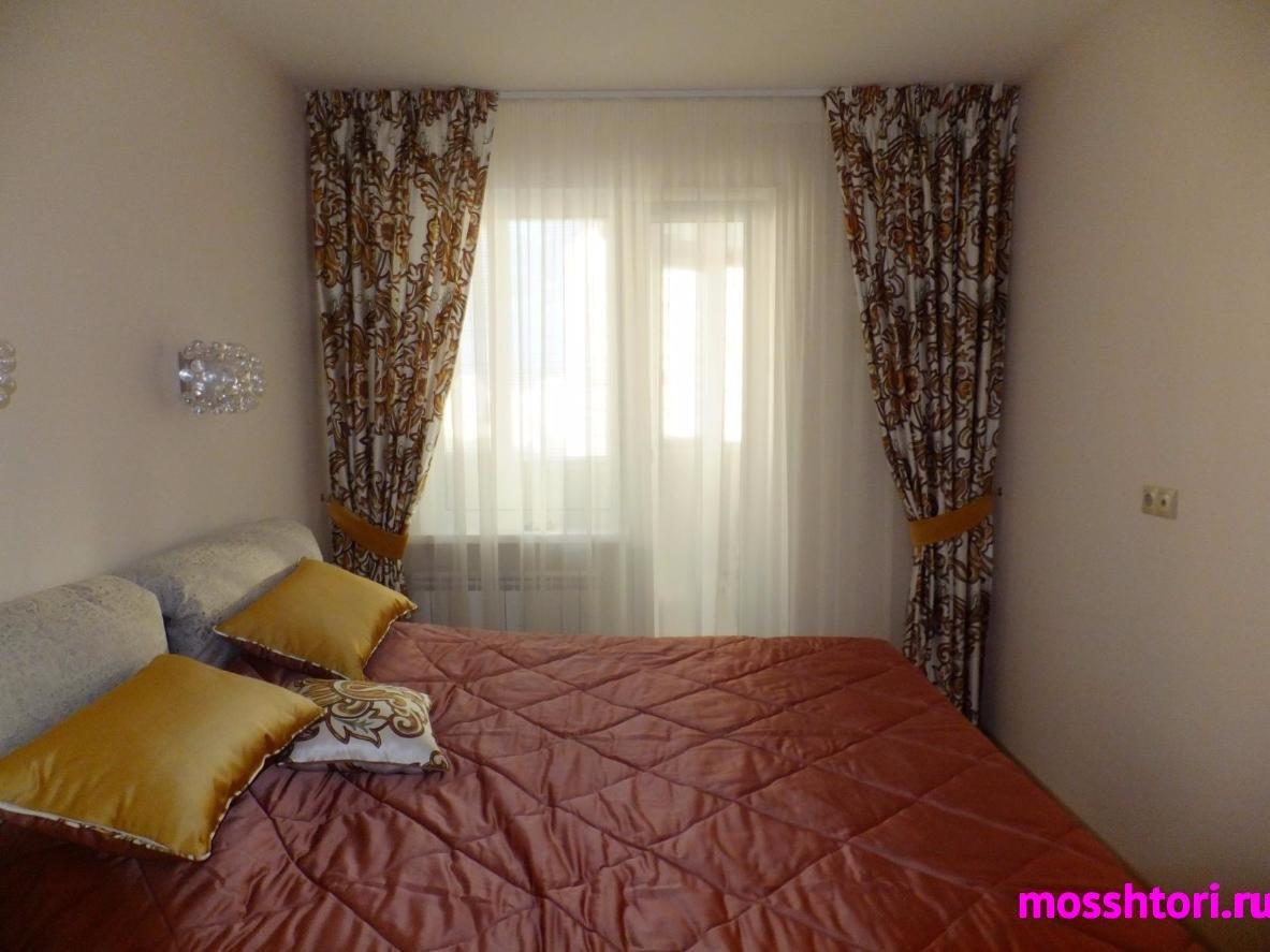 шторы для спальни с узором